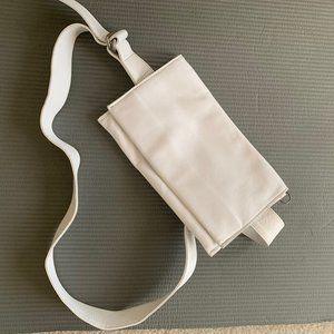 Rough & Tumble White Leather DZ Belt Bag New!